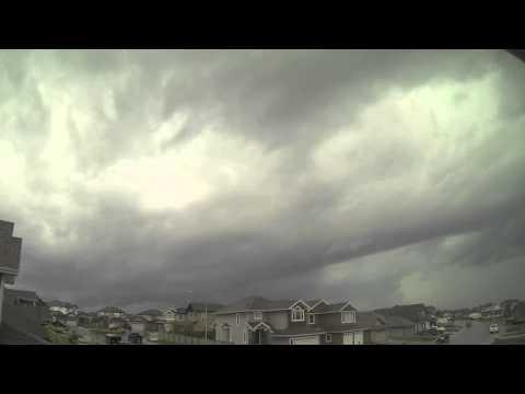 #Tornado warning for #Edmonton #yegwx