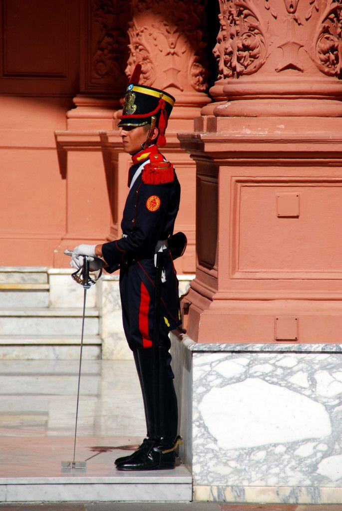 Day 112: Presidential Guard, Casa de Rosada, Plaza de Mayo, Buenos Aires (Argentina)