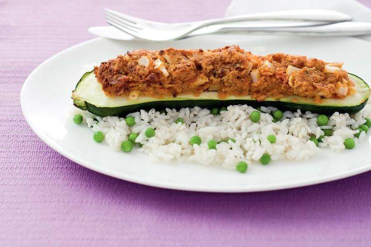 Gevulde courgette met tonijn - Recept - Allerhande