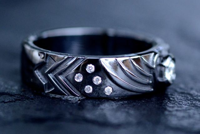 Mass Effect Inspired Engagement Ring by VaLaJewellery.