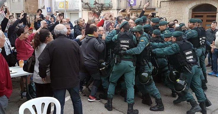 Σοκαριστικές σκηνές βίας στην Καταλονία: Σφαίρες ξύλο και εκατοντάδες τραυματίες http://ift.tt/2xQ1yVk