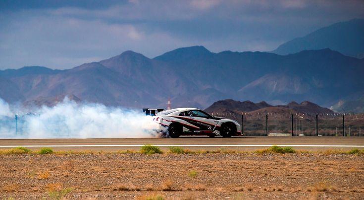 Nissan ist neuer Weltrekordhalter im Driften: Auf dem Flughafen von Fujairah in den Vereinigten Arabischen Emiraten gelang dem japanischen Drift-Champion Masato Kawabata mit einem modifizierten Nissan GT-R NISMO ein neuer ... weiterlesen
