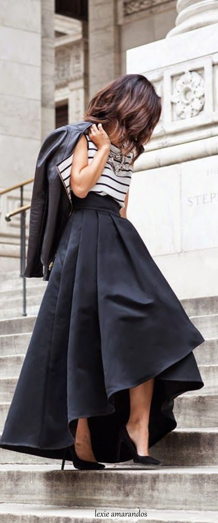 good outfits with long black skirt boots