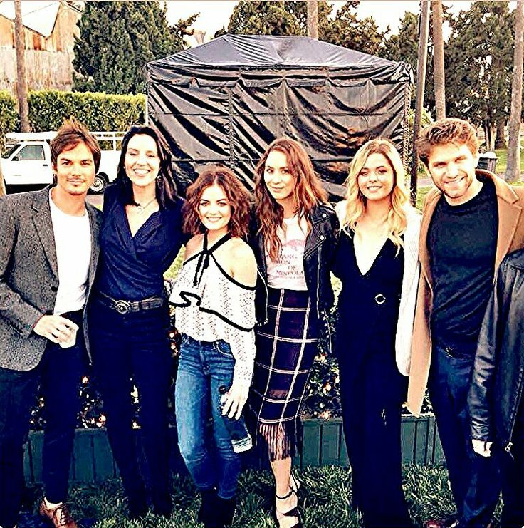 Pretty Little Liars cast Tyler Blackburn as Caleb Rivers, Andrea Parker as Jessica Dilaurentis and Mary Drake, Lucy Hale as Aria Montgomery, Troian Bellisario as Spencer Hastings, Sasha Pieterse as Alison Dilaurentis, and Keegan Allen as Toby Cavanaugh.