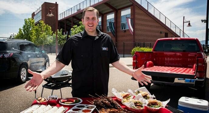 Football season = Tailgate season... and we're celebrating by giving away a Weber Q 2200 (seen behind this guy). Find dets and enter here: buff.ly/1pGSUzv #contest #giveaway #grillmaster #football