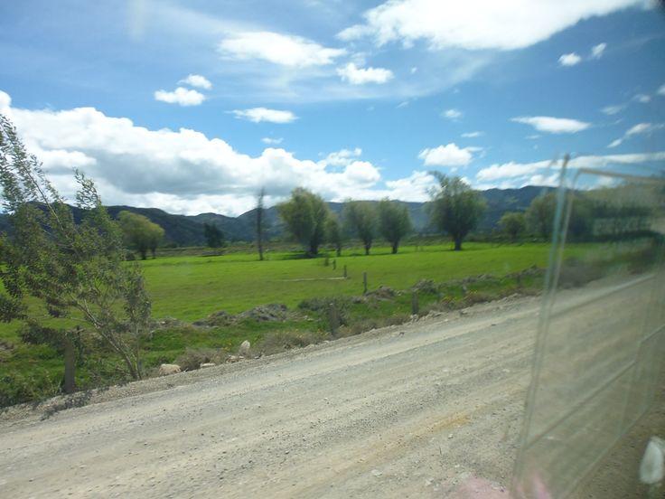 Camino a Cucunuba, pueblo de bellos paisajes y gente amable..................