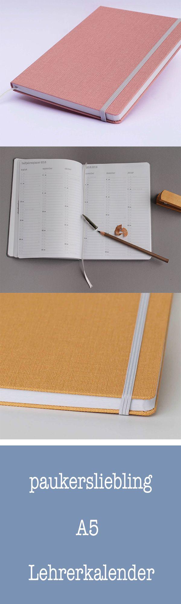 Schöner und gut strukturierter Lehrerkalender im handlichen A5 Format. Wir verwenden recyceltes Papier und lassen unsere kompakten Lehrerkalender in Deutschland herstellen, weil wir als junges Label sozial und nachhaltig wirtschaften möchten. In den nächsten Jahren wird es für den Lehrerbedarf noch weitere schöne Produkte von Paukersliebling geben.