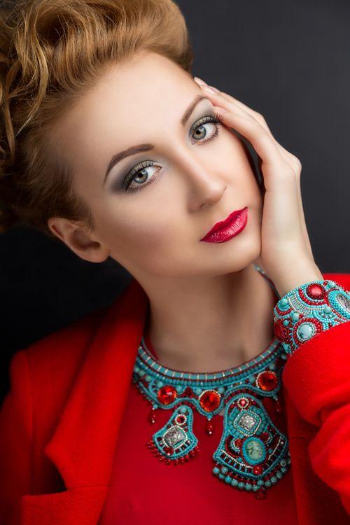 Beaded jewelry by Irina Chikineva