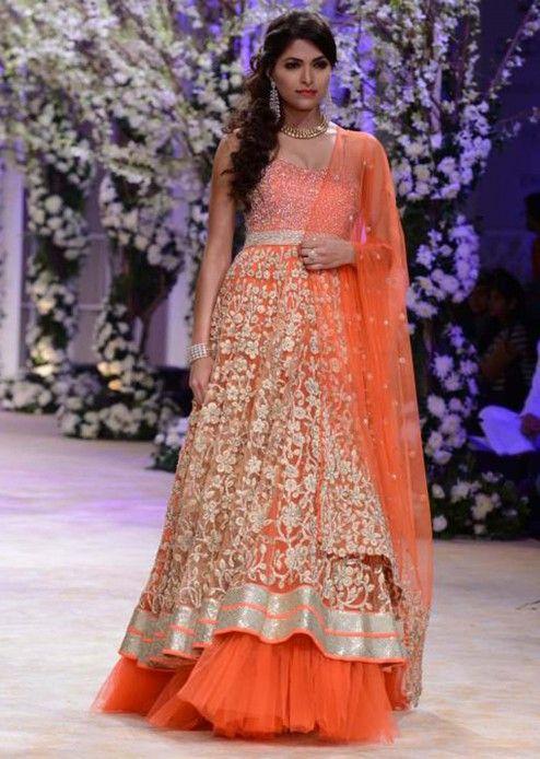 Urnashi Rautela and other models walk the ramp for Jyotsna Tiwari at Indian Bridal Week NOV 2013 at Mumbai 31