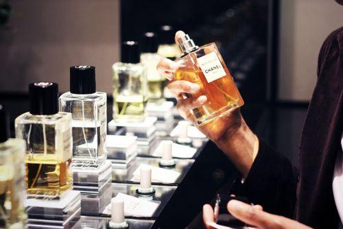 Chanel: Hair Beautiful, Beautiful Serendipity, Chanel Fragrance, Perfume Bottle, Chanel Perfume, Perfume Shops, The Cities, Classic Chanel, Chanel Parfum