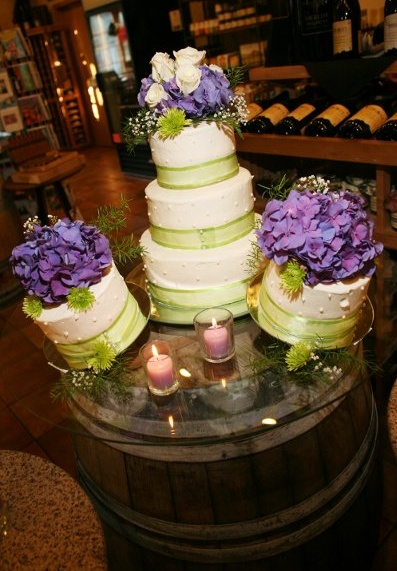 Wedding Cake With Purple And Green