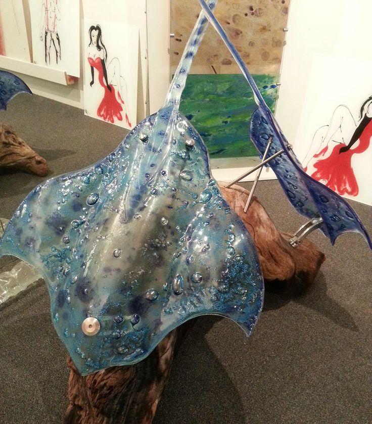 Glass sculptured stingrays - Voodoo Glass, Molendinar -  http://www.voodooglass.com.au
