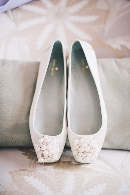Pretty bridal Kate Spade flats, photo by Ben Yew Photography | junebugweddings.com