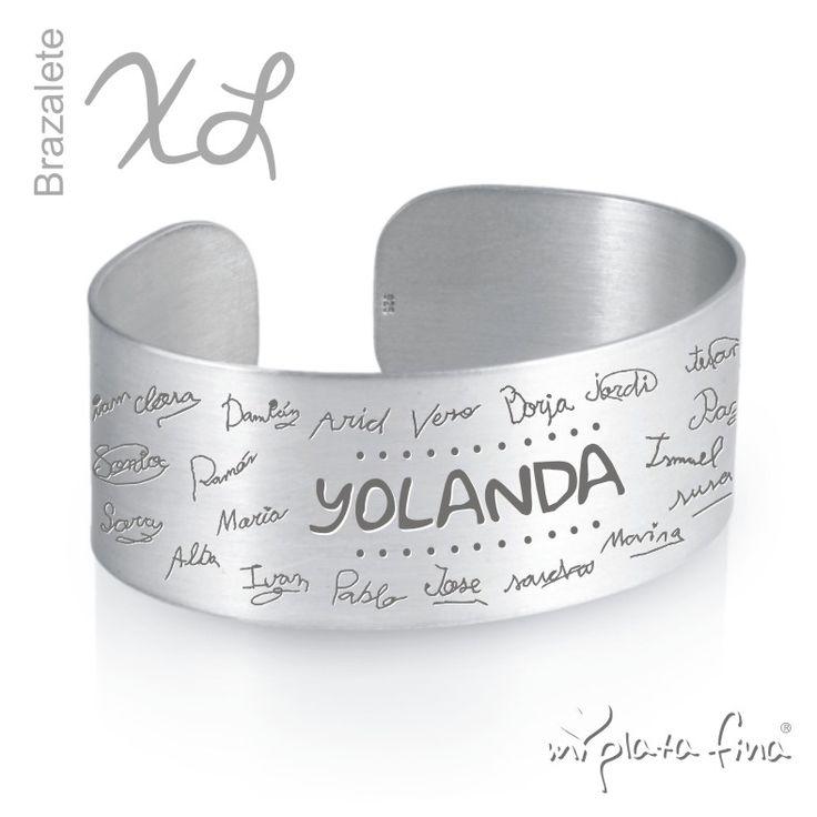 BRAZALETE de plata de ley grabada personalizada con las firmas de puño y letra de todos los compañeros. #joyasquehablandeti