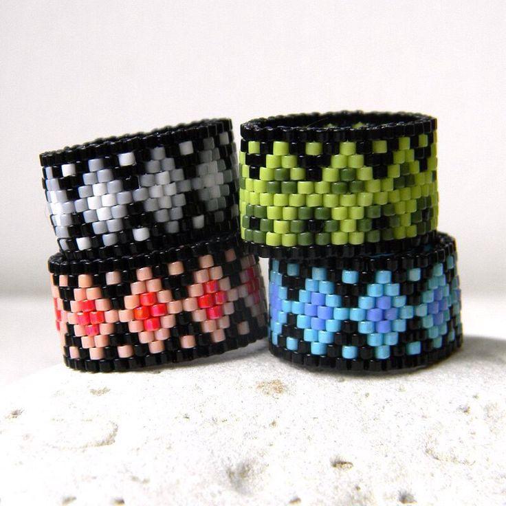 New colorful peyote rings