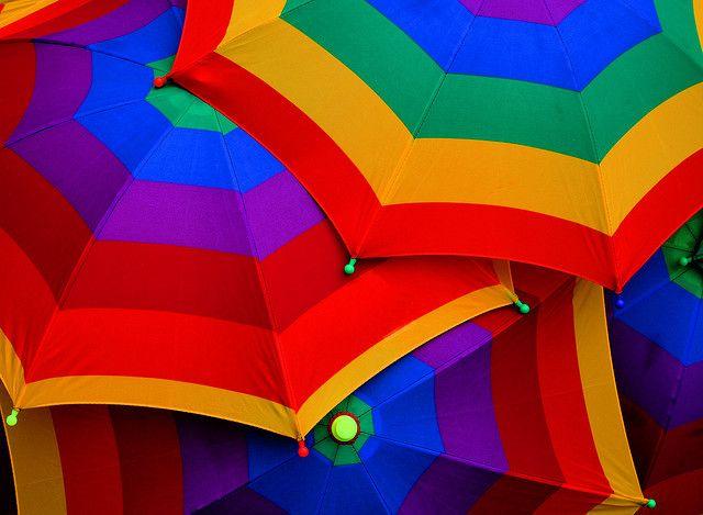 .: Beaches Umbrellas, Creative Ideas, Rainbows Colour, Rainy Day, Summer Picnics, Rainbows Colors, Parties Stuff, Photo, Rainbows Umbrellas