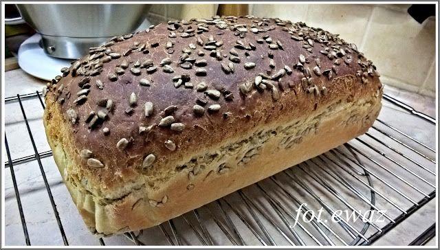 Ewa w kuchni: Chleb z ziemniakami i słonecznikiem