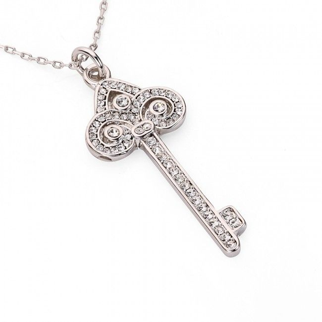 More and more fashionistas choose key pendants to accomplish everyday casual looks that can be worn with any outfit. If your budget allows, why not choose one of the most beautiful key pendants from us. Different pieces at very affordable prices 🗝️  #Key #Pendant #Jewellery #JCUK #Love #Silver #Gold #CubicZirconia #NewIn #Lock #Diamante #KeyPendant #Jewelry #Beautiful