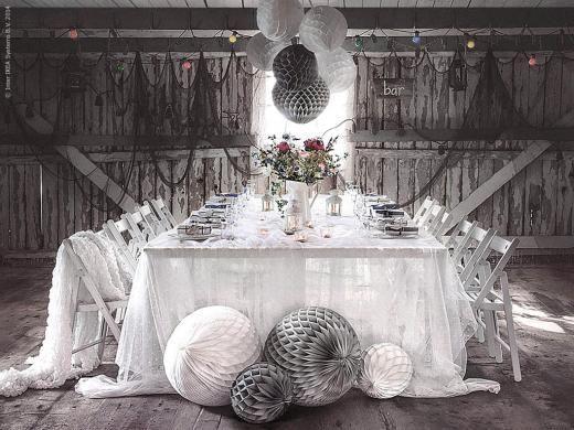 Ambiance romantique #IKEA  #decodetable #IKEABErepin