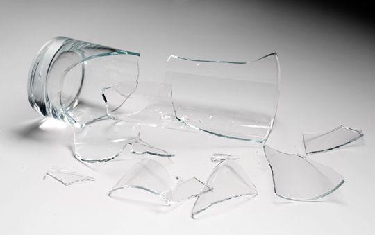 ¿Puedo reciclar vidrio roto?