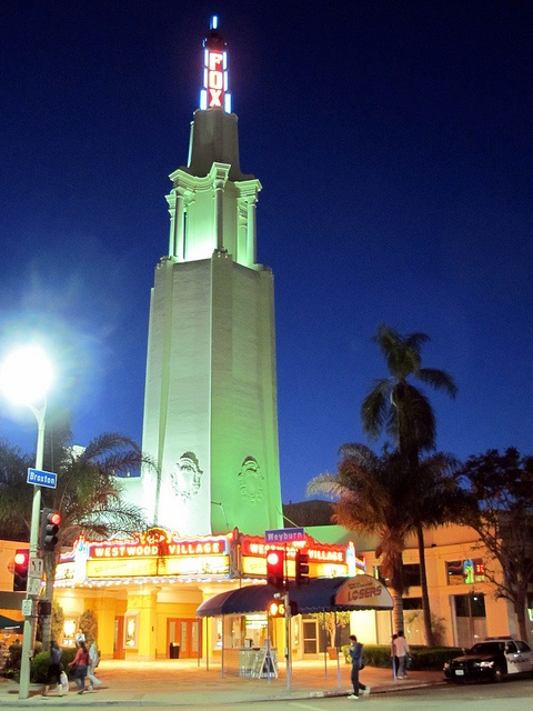 312 best Historic movie theaters images on Pinterest | Theater ...