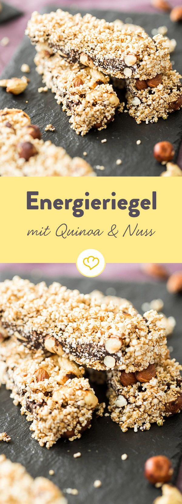 Energieriegel mit Knuspereffekt: voll gepackt mit Haselnüssen, Cashews, gepufftem Dinkel und Quinoa Pops wird er im Mund zum süßen Snack-Kracher.