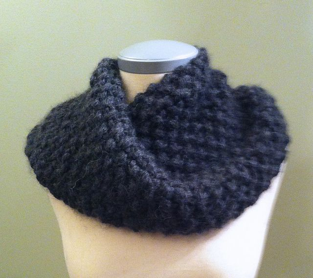 A great pattern for beginners or a quick gift! Yarn is held doubled and uses 2 full skeins.