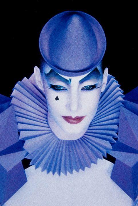 Modern Clown :: Pierrot Paper Art Costume