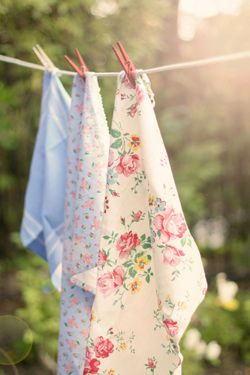 Sweet spring floral prints drying in the breeze: Clotheslines, Cottage, Country Living, Summer, Country Life, Spring, Clothes Line, Laundry, Vintage Linen