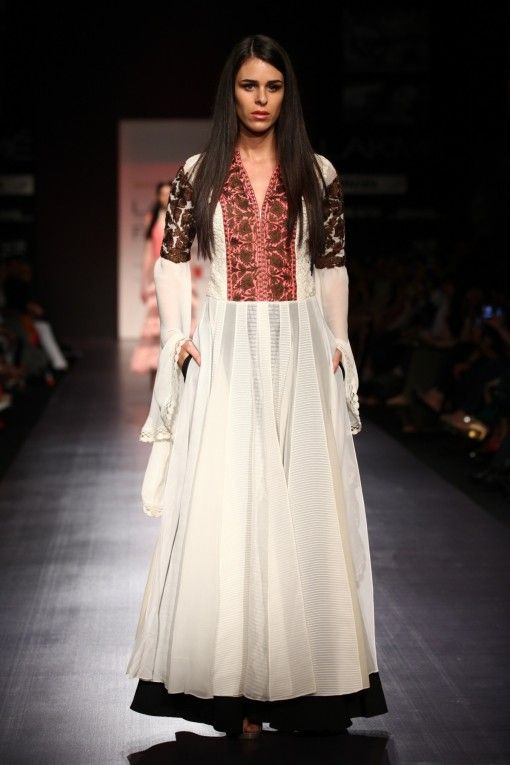 lfw-manish-malhotra-ss13 white black bronze anarkali