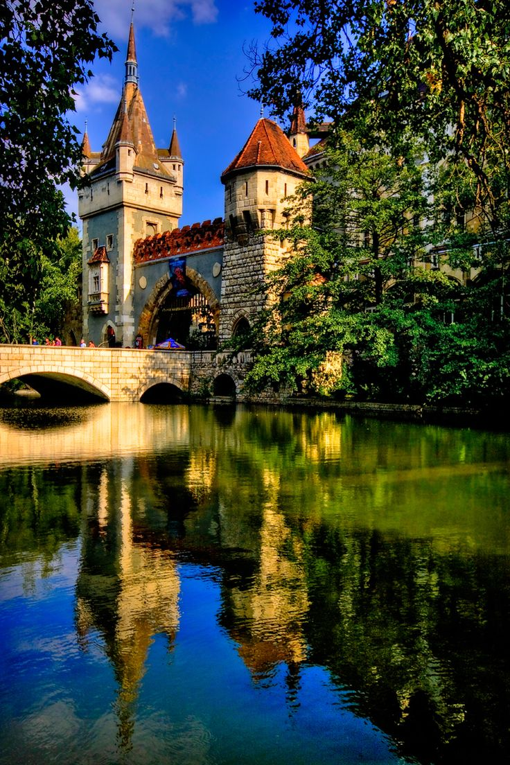 Vajdahunyad vára (Vajdahunyad Castle) | 29 Places That Prove Budapest Is The Most Stunning City In Europe