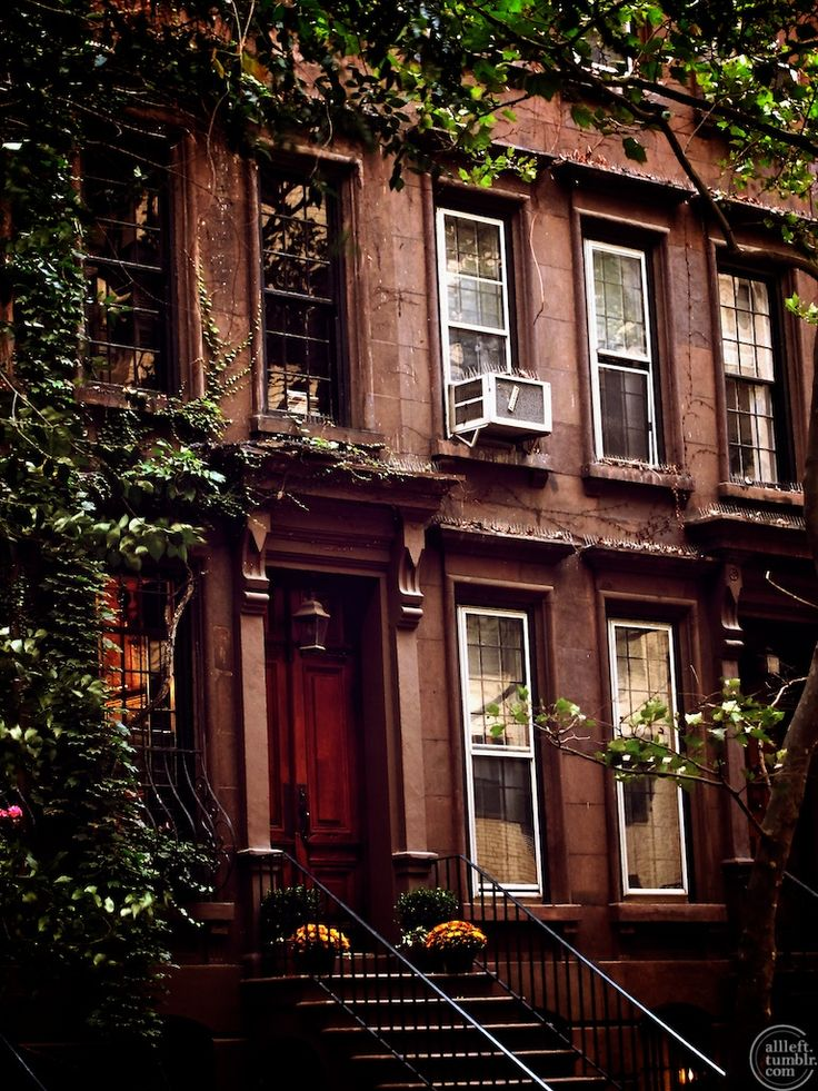 My ideal dream of a brownstone I would love to own ♡
