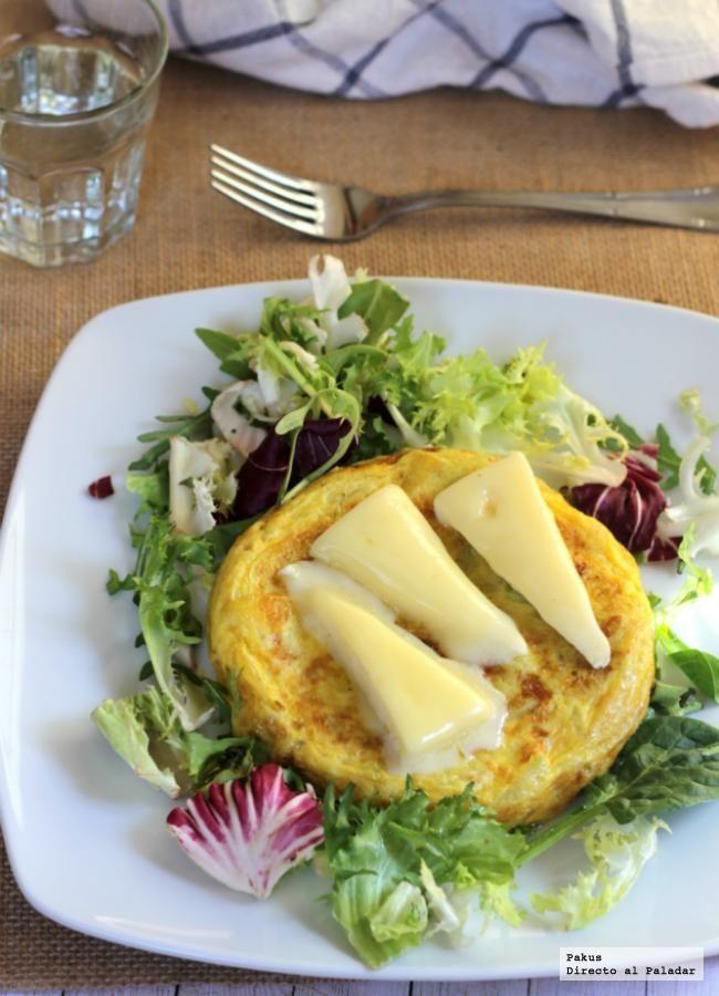 Directo al Paladar - Receta de tortilla de calabacín y queso brie, sencilla y sabrosa