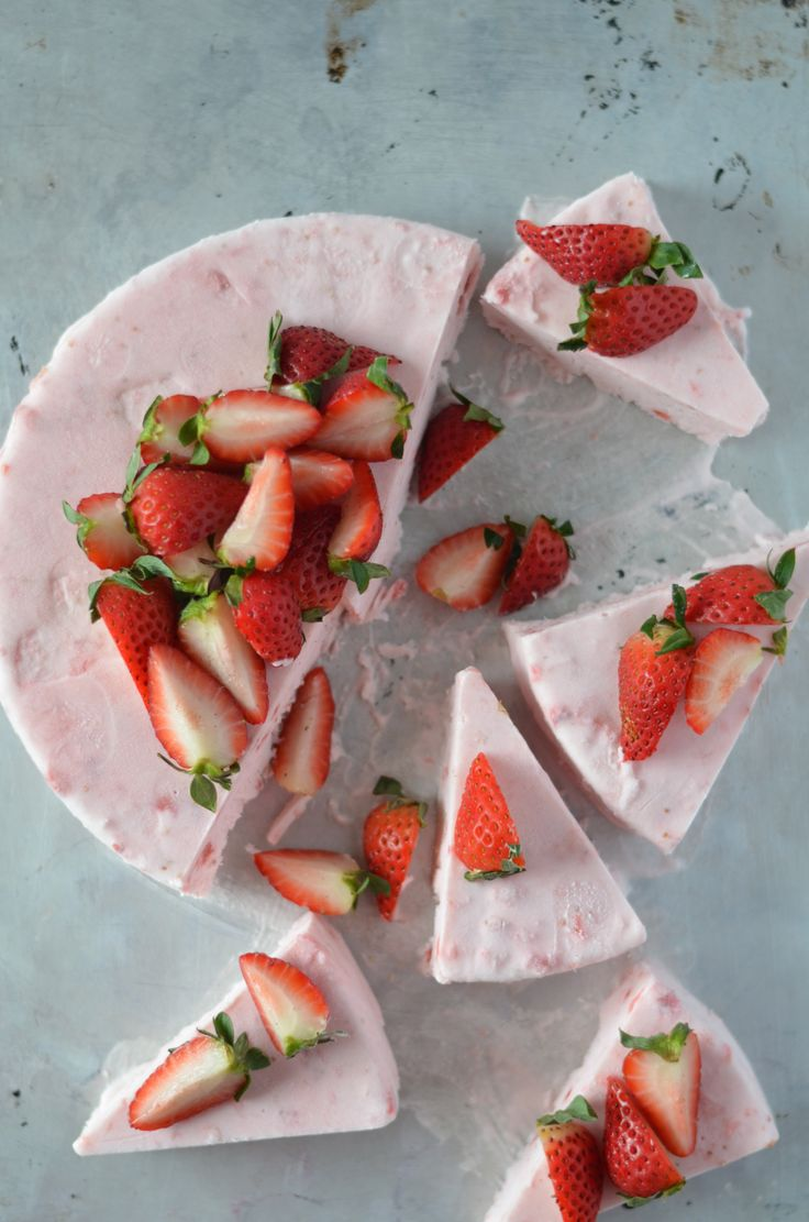 Frozen Strawberry Mousse