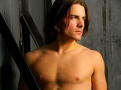 Kevin Zegers Takes Gay Role in Mortal Instruments Film    YUM!!!