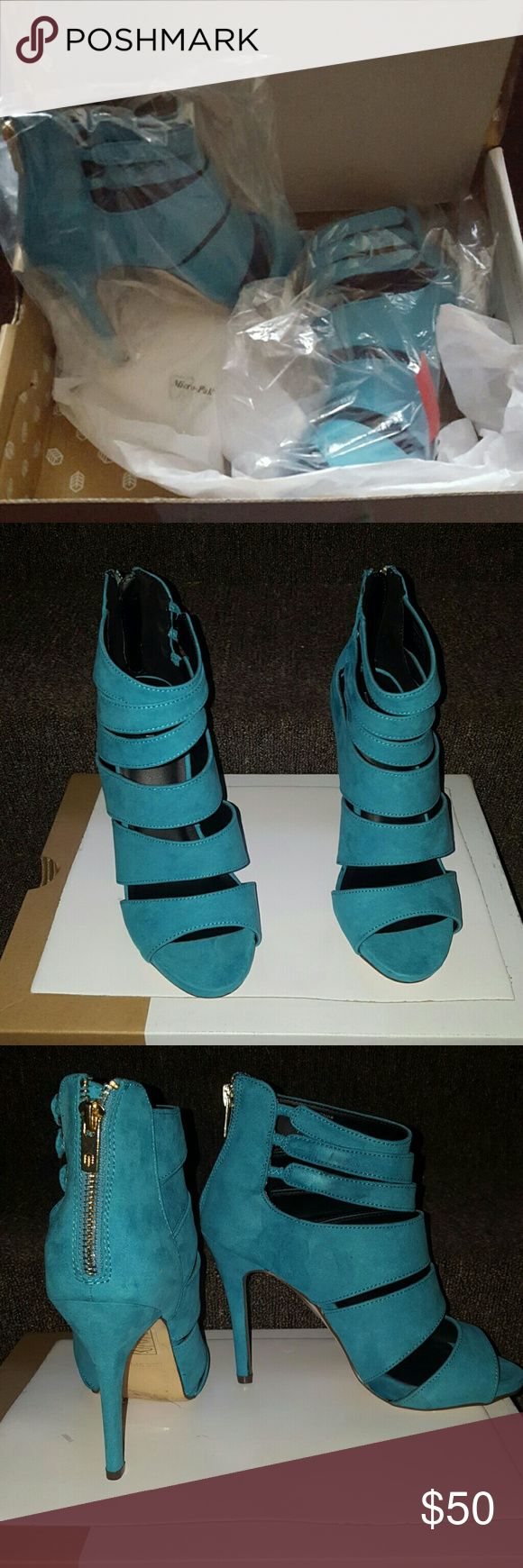Call it Spring Turquoise sandals (TRIA) NWOT, the sandals have been tried on but never worn. TRIA Shoes Sandals