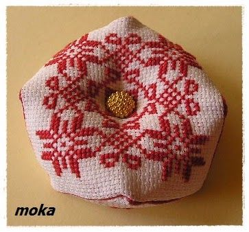 Kramik  Moka: Mój pierwszy biscornu