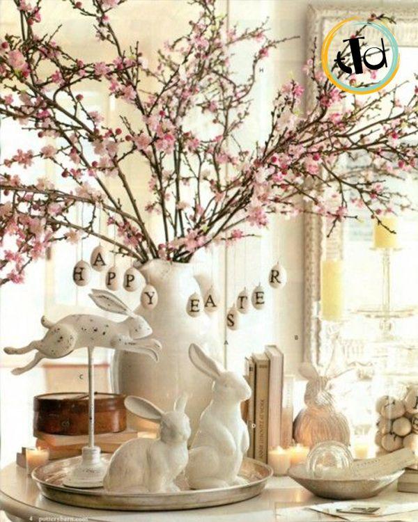 centrotavola con fiori di ciliegio ad aprile
