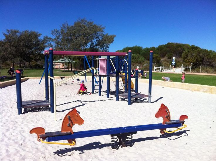 Whitford Nodes Park - Hillarys Beach Park