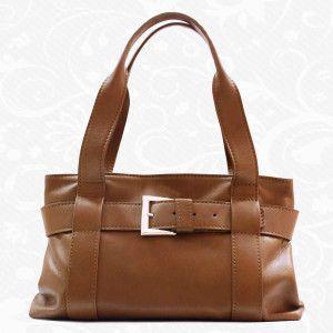 Dámska kožená kabelka z pravej hovädzej kože, talianska koža - luxus, ktorý si môžete dovoliť i Vy! Talianská elegancia, kvalita a štýl – to sú naše kožené kabelky. Krásny a praktický doplnok pre každú ženu, ktorý by nemal chýbať ani Vám. Len u nás nájdete moderné a elegantné dámske kabelky.  http://www.vegalm.sk/produkt/kozena-kabelka-c-7978/