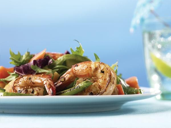 25 Things You Can Do With Avocado : Mexican Shrimp And Avocado Salad http://www.prevention.com/food/cook/25-healthy-avocado-recipes?s=4