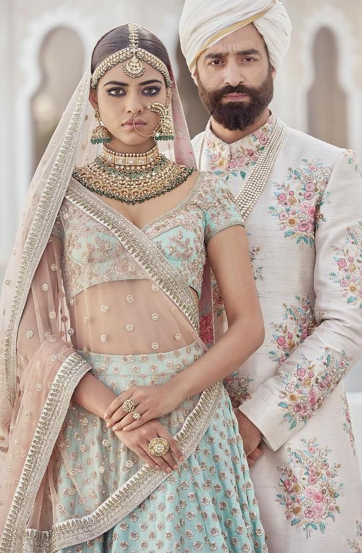 "When you're one of the best designers in the world, you can apparently skip runway shows and unveil your new collections on Instagram...two years in a row!Sabyasachi, just two days after his birthday, revealed his first couture collection of 2017 on Insta (return gift to his fans?) that is nothing less than beautiful! How does he keep topping himself every year?!The newest collection, ""The Udaipur Collection"" has a touch of his signature designs blended with fresh patterns and s..."