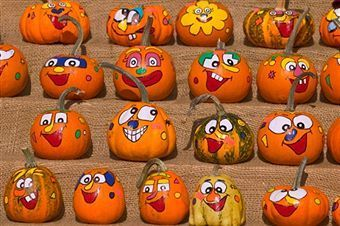 I see my Spirit reflected back to me in my fellow pumpkins. Gooffy, tarnished, rotting, brilliant, temporary...c'est moi!