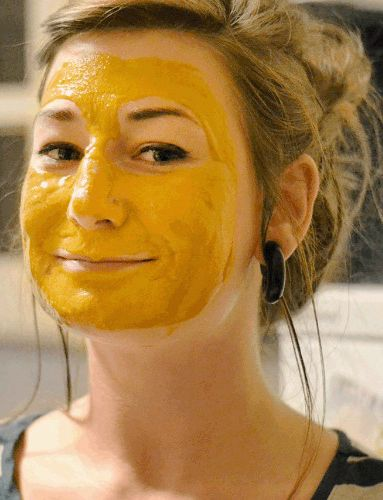Fade #acne scars and blemishes the old fashion way with these 3 natural face masks. #beautytips