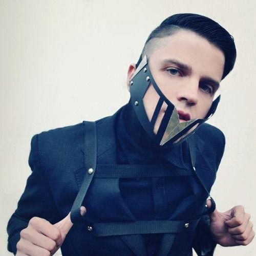 #toodeadtodie #loud #cannibal #newblack #goth #nugoth #gothic #haircut #undercut #fashion #avantgarde #mask #bondage