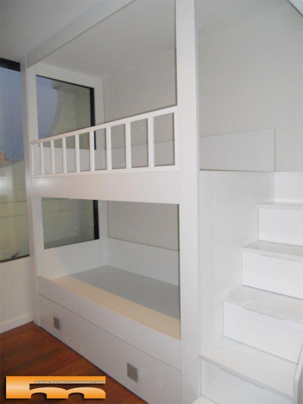 Decoracion habitaci n infantil con litera con escalera for Armario habitacion infantil