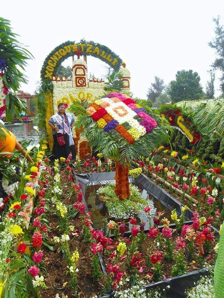 Feria de la Flor más bella del ejido.  Xochimilco,  México.