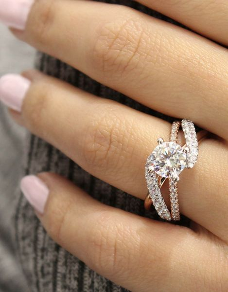 Top Rated AAA+ Cubic Zirconia Twisted Engagement Ring