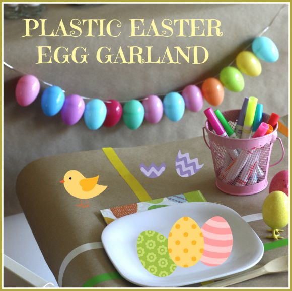 Easter egg garland made with plastic Easter eggs #diy #easter #craft