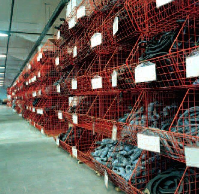 cesti contenitori in filo metallico plastificato per magazzino pezzi ricambi.jpg (663×648)